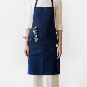 navy-daily-apron-linen-tales-1